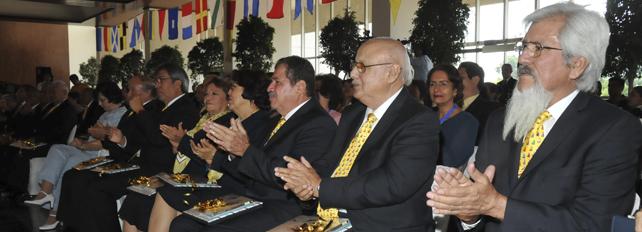 PREMIA LA SECRETARA DE MARINA A LOS GANADORES DEL V CONCURSO NACIONAL LITERARIO MEMORIAS DE EL VIEJO Y LA MAR